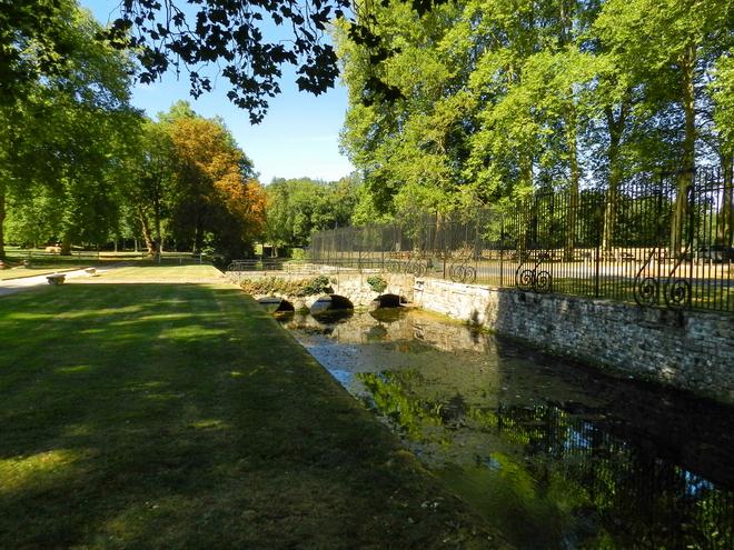 parc et chateau 12 la r gion parisienne le bassin parisien beaut et paysages de notre. Black Bedroom Furniture Sets. Home Design Ideas